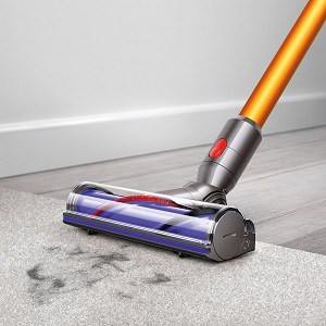 dyson v8 absolute is amazing on carpets and hardwood floors