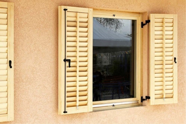 Different Types Of Wood Blinds