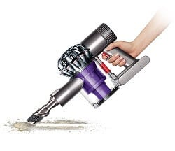 dyson v6 trigger is great for cars