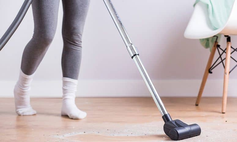 Best Vacuum For A Small Apartment – 3 Top Picks in 2018