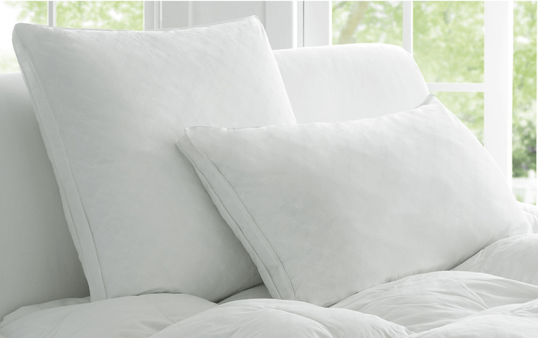 How To Clean Down And Feather Pillows: Wash, Dry, And Maintain