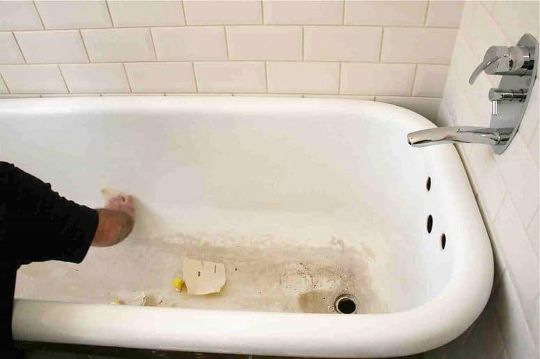 How To Clean A Porcelain Tub Remove Stubborn Stains