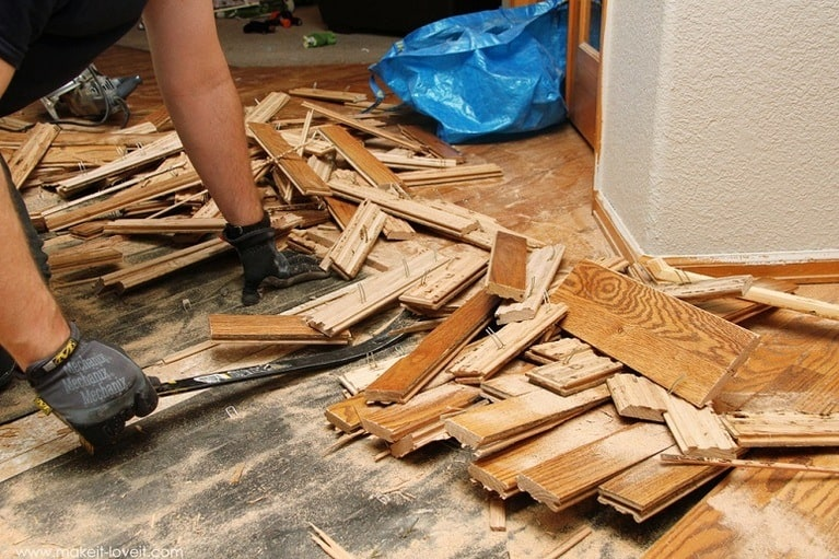 How To Remove Hardwood Floor – Method, Tools, And Pictures