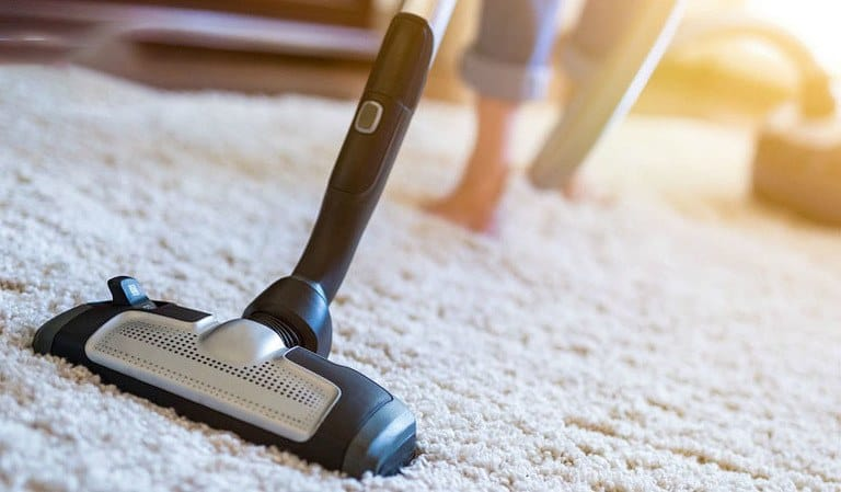 What Type Of Vacuum Cleaner Is Best For Cleaning Both Carpets And Rugs?