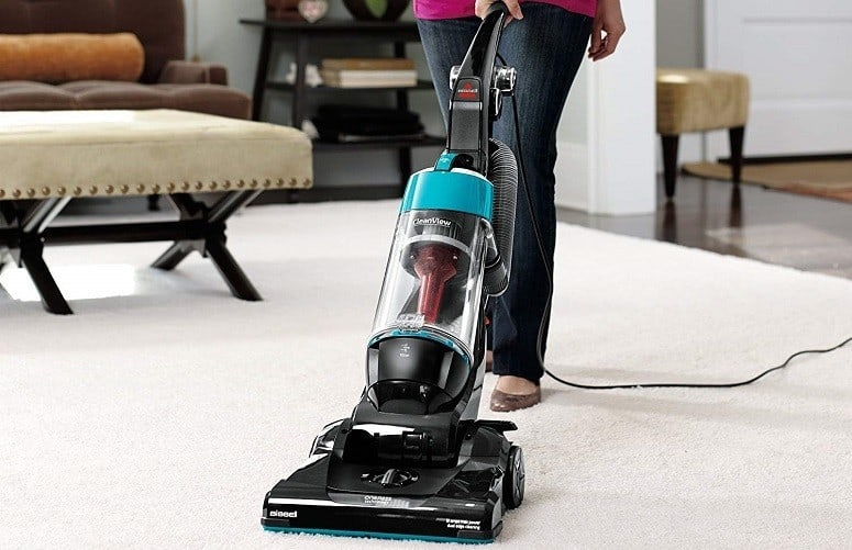 Blue Bissell bagless upright vacuum review