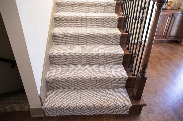 Great Looking Carpet Stairs