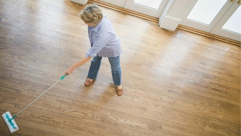 How To Clean Hardwood Floors With White Vinegar And Water