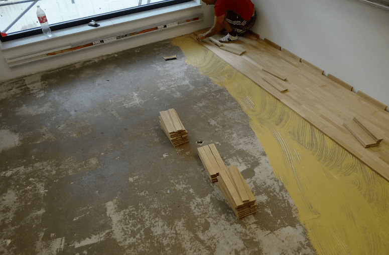Removing Hardwood And Placing New One
