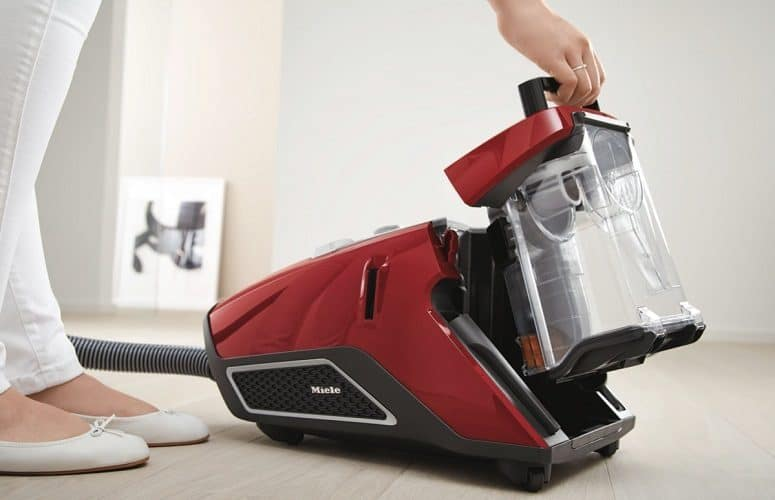 bagless vacuum model