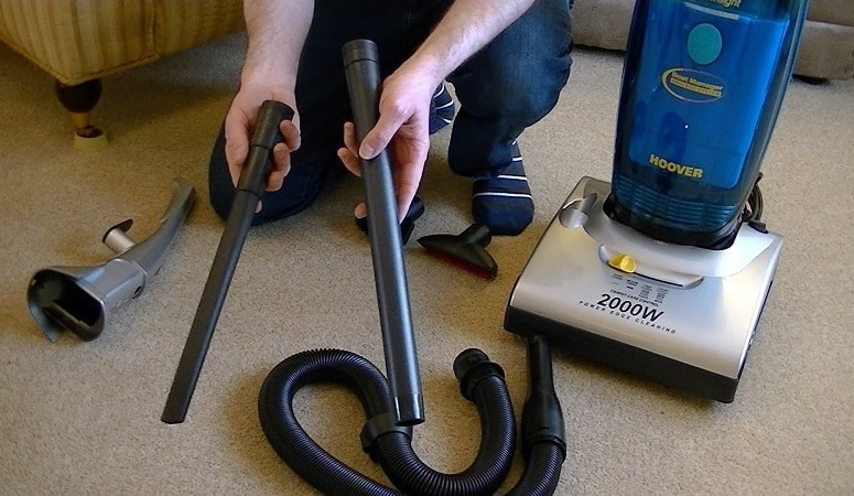 vaccum cleaner dusting