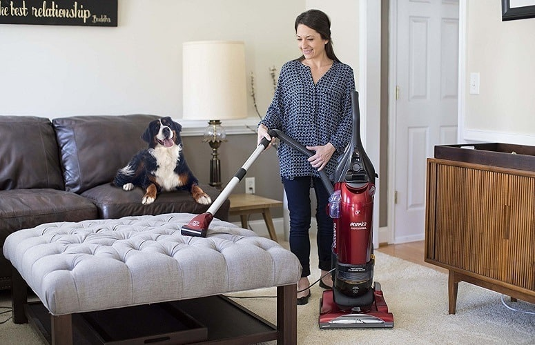 Best Upright Vacuum for Pet Hair: 3 Top Picks In 2018