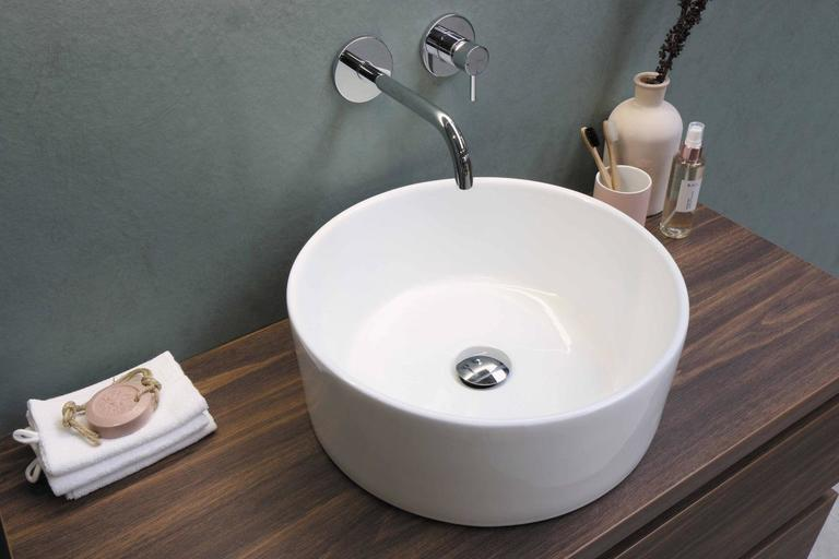 3 Natural and Easy Ways to Clean Bathroom Sink Drain